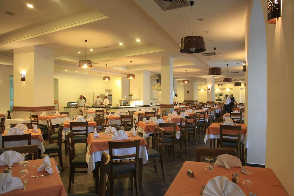 Горящие туры в отель Menara Hotel