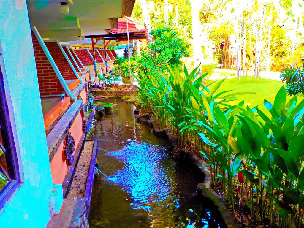 Туры в отель Palm Beach Кута Индонезия