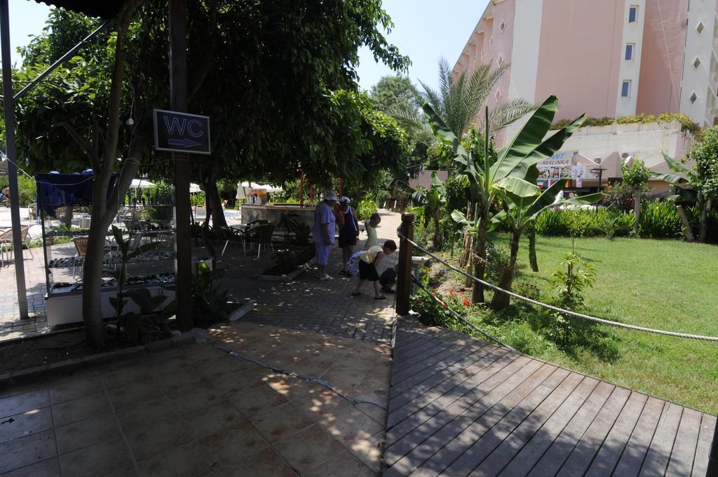 First Class Hotel, Аланья