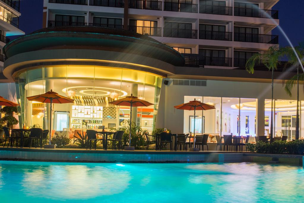 The Beach Heights Resort Пхукет