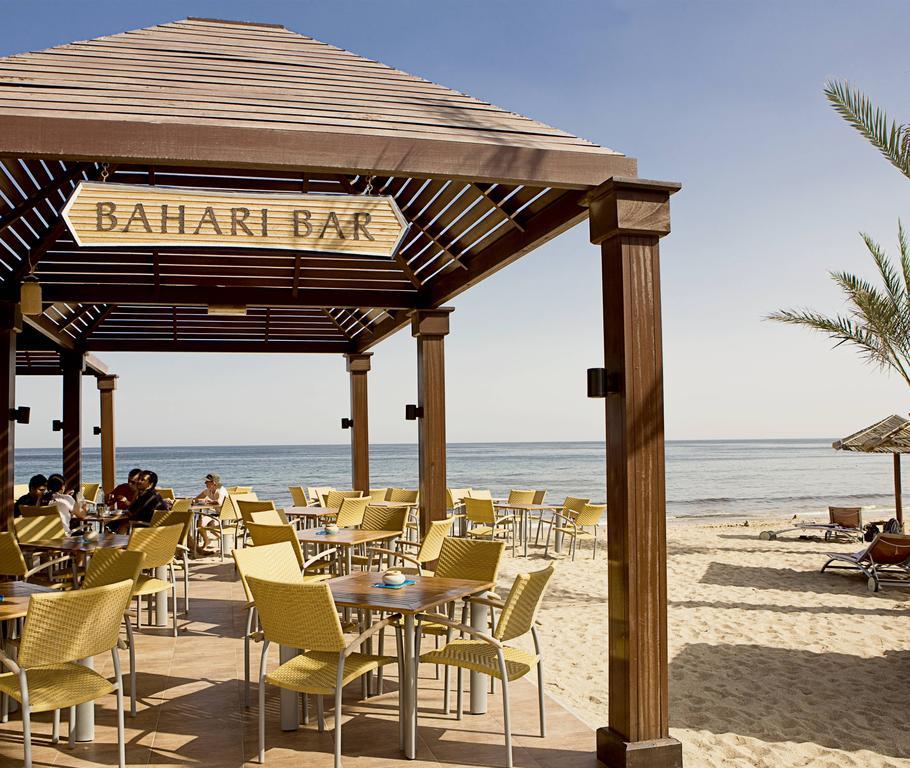 Відпочинок в готелі Miramar Al Aqah Beach Resort Фуджейра ОАЕ