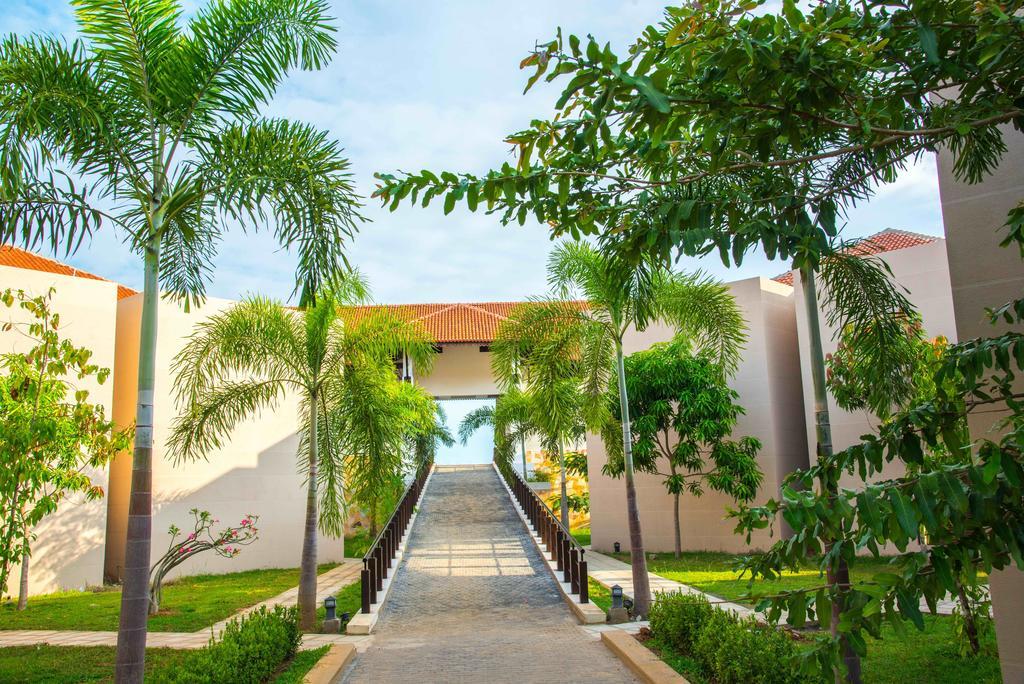 Отзывы об отеле Sun Aqua Passikudah