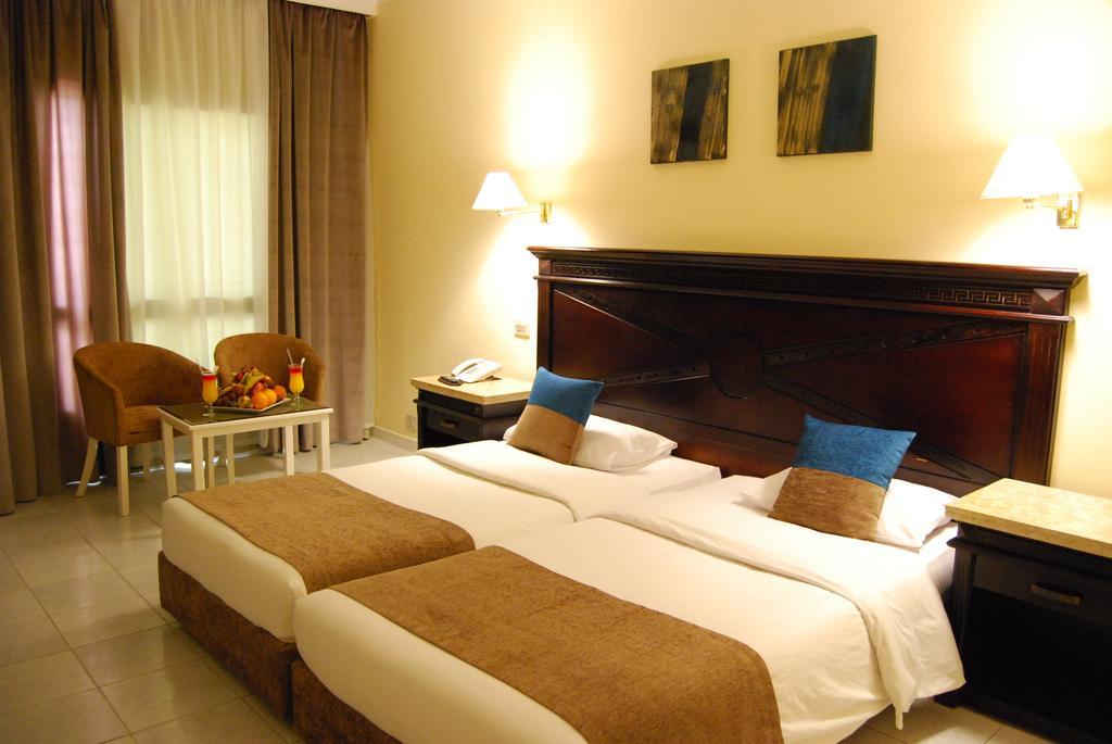 Горящие туры в отель Cataract Resort