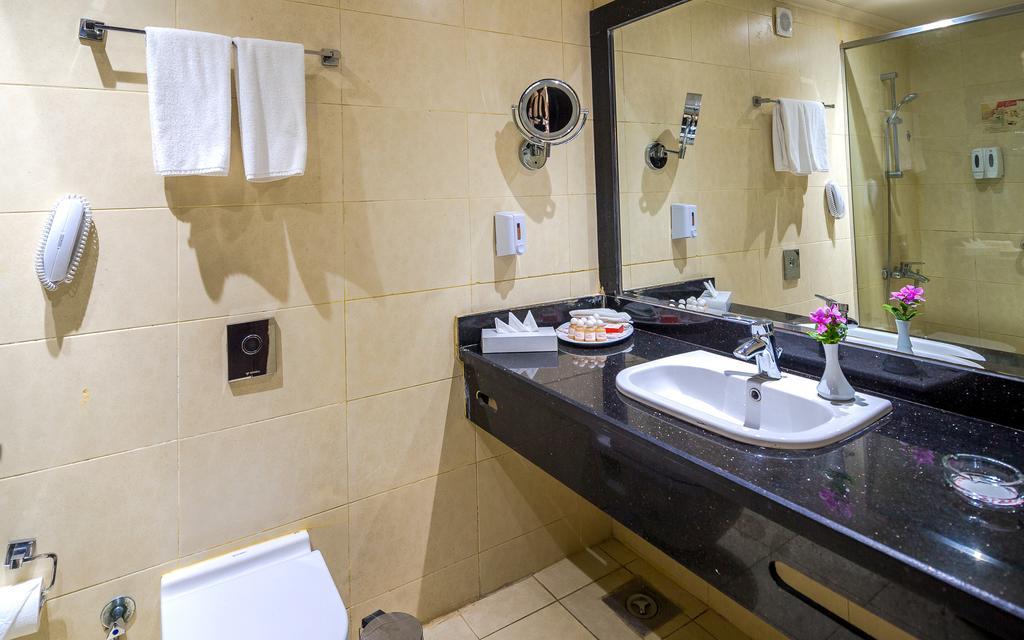 Отзывы туристов Hawaii Caesar Palace Hotel & Aquapark (Ex. Mirage Aquapark)