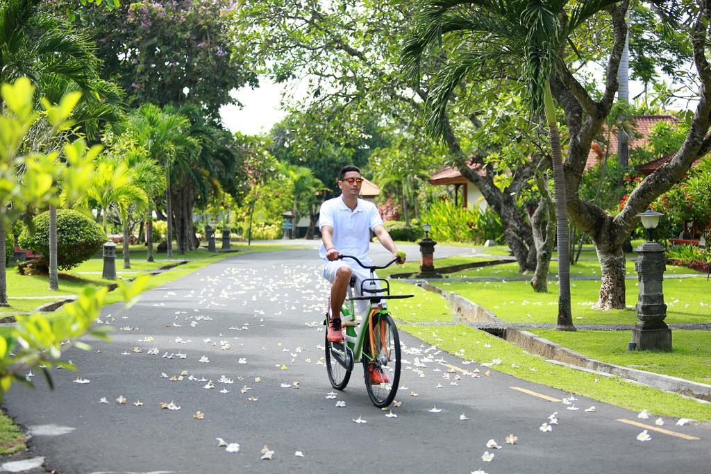 Отдых в отеле Inna Bali Beach Resort Санур Индонезия