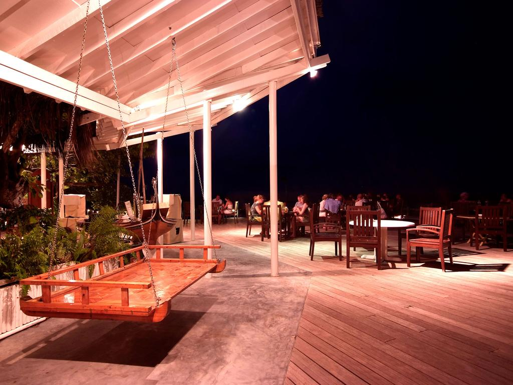 Фото отеля Ellaidhoo Maldives by Cinnamon (ex.Chaaya Reef Ellaidhoo)