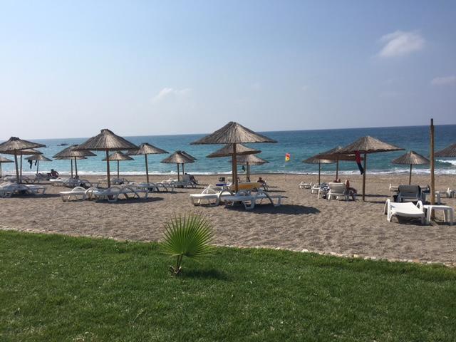 Фото отеля Hotel Cenger Beach