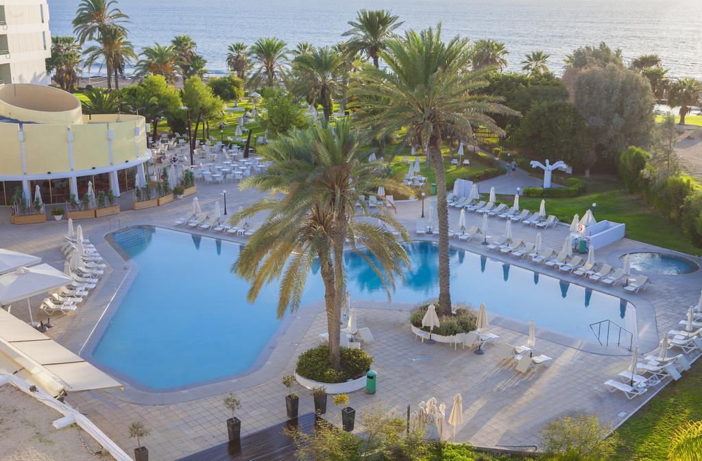 Горящие туры в отель Louis Imperial Beach Hotel