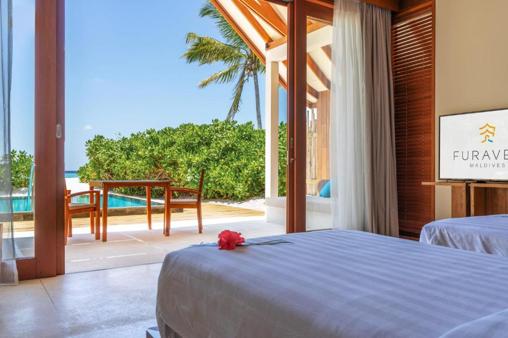 Мальдіви Furaveri Island Resort