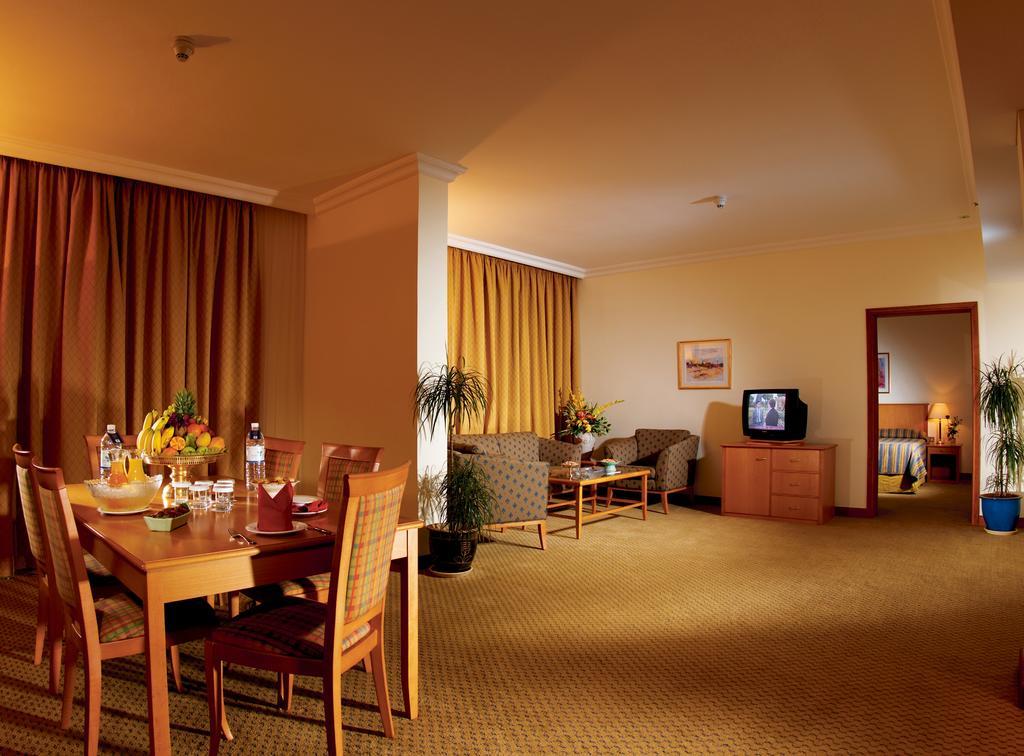 Горящие туры в отель Swiss Belhotel Sharjah (Ex. Sharjah Rotana)