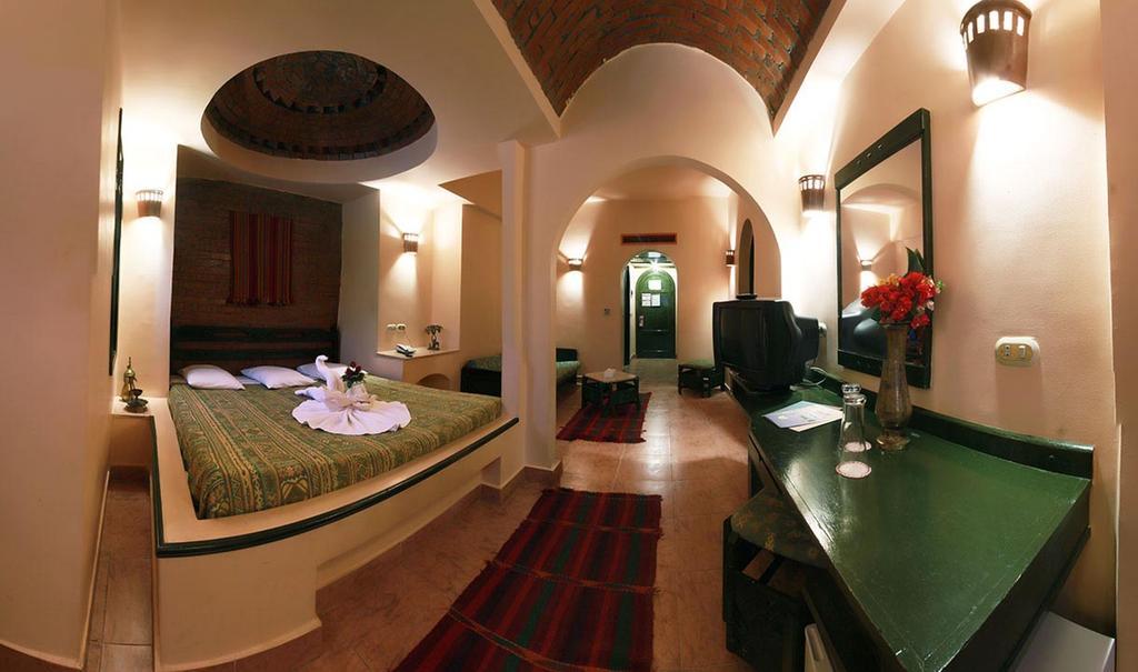 Горящие туры в отель Amar Sina Village Шарм-эль-Шейх