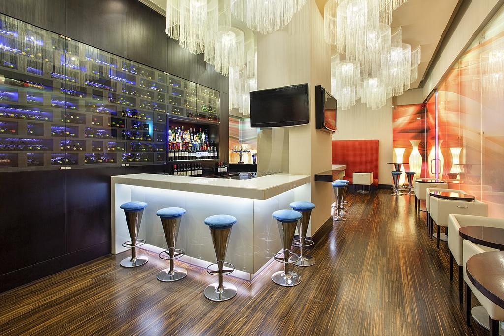 Ibis Hotel Mall Of The Emirates, Дубай (город), ОАЭ, фотографии туров
