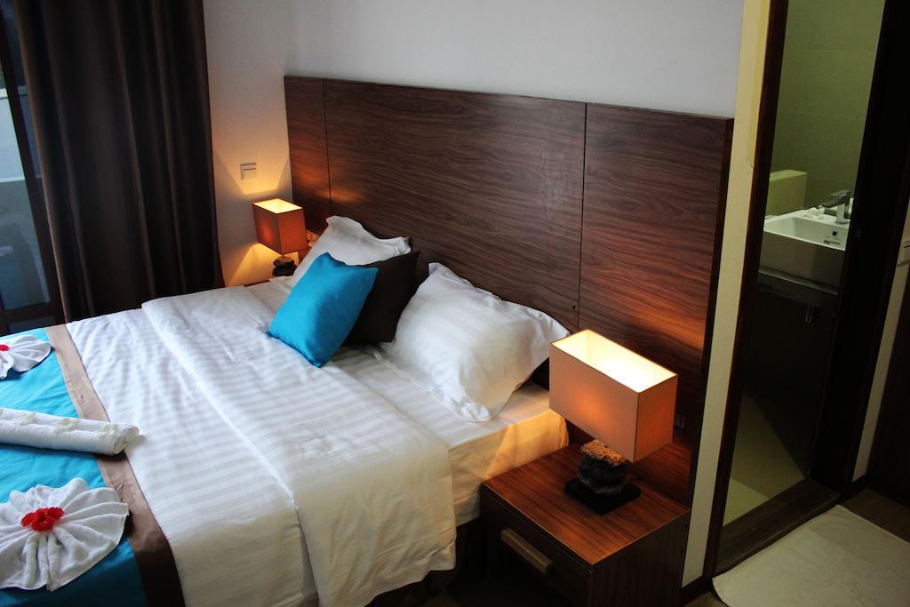 Beachwood Hotel, Каафу Атолл