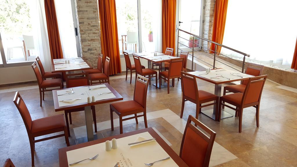 Alexandros Palace Hotel & Suites, Афон ціни