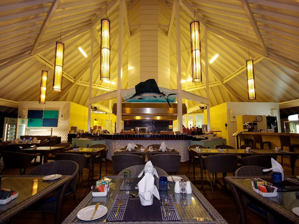 Туры в отель Ellaidhoo Maldives by Cinnamon (ex.Chaaya Reef Ellaidhoo) Ари & Расду Атоллы Мальдивы