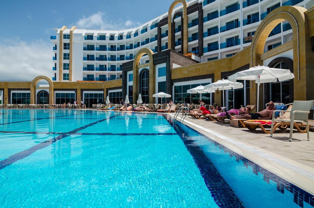 Тури в готель The Lumos Deluxe Resort & Spa