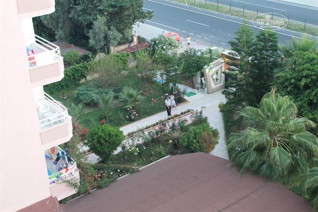 Горящие туры в отель Ideal Beach