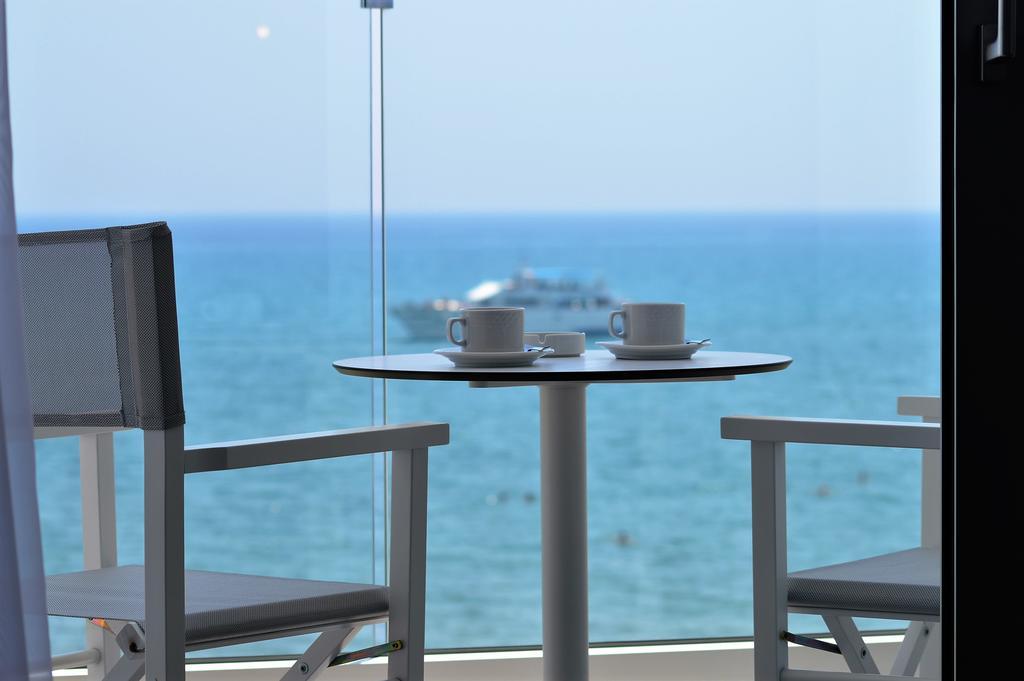 Отдых в отеле Island Boutique Hotel Ларнака