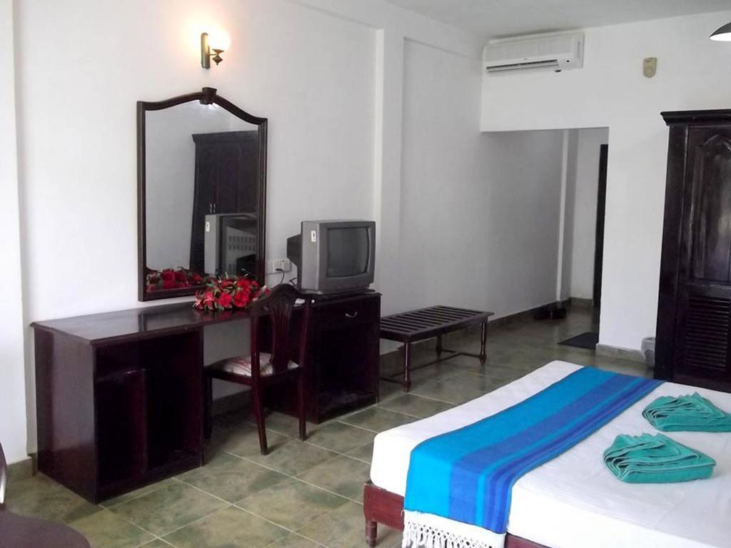 Горящие туры в отель The White Haven Hotel - Panadura (Budget) Ваддува Шри-Ланка