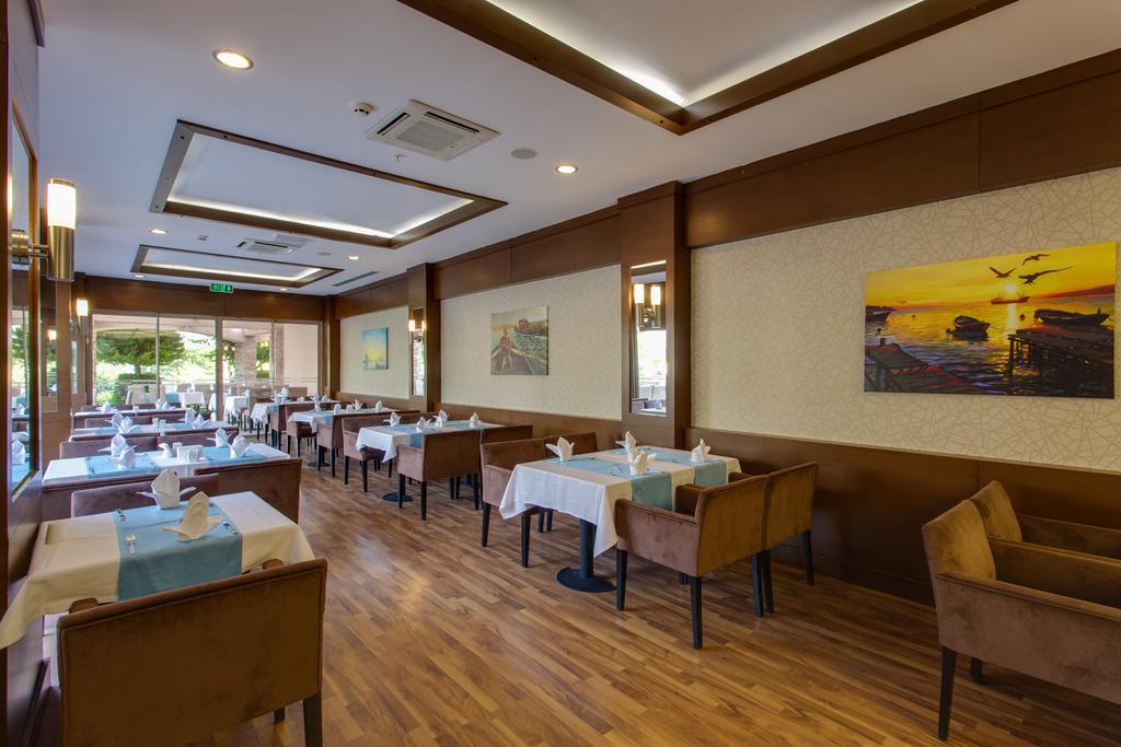 Novia Lucida Beach Hotel, фотографії
