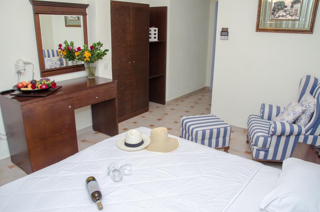 Відгуки гостей готелю Hanioti Melathron