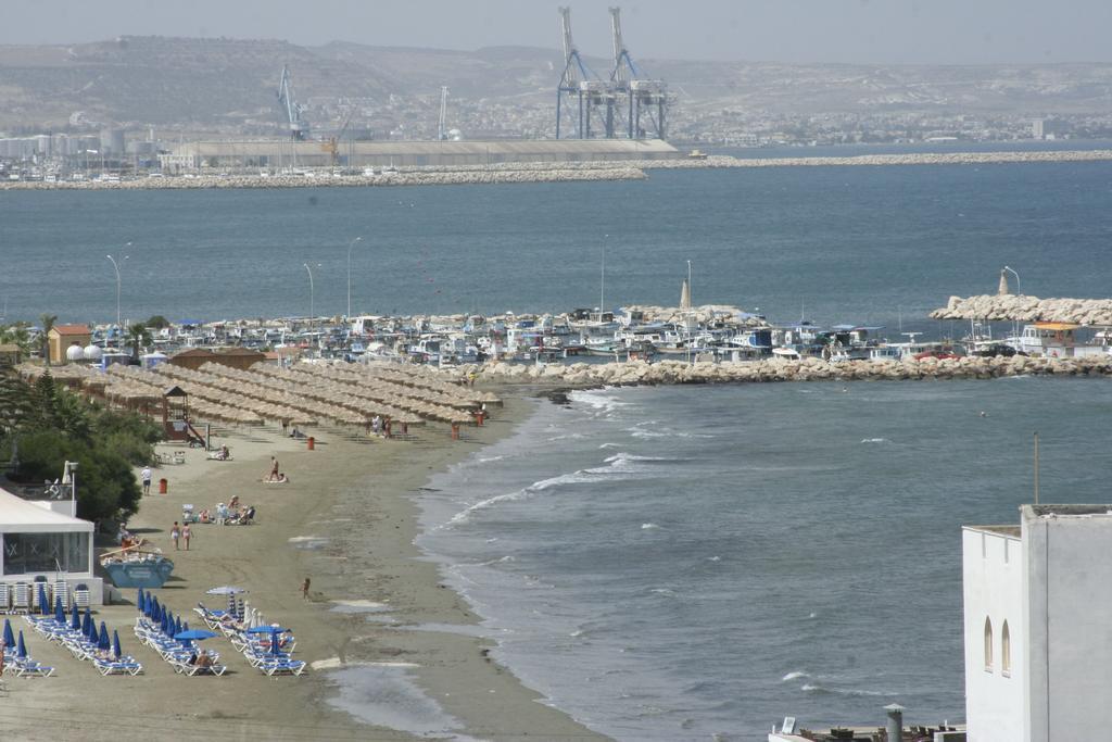 Mackenzie Beach Hotel &, Кипр, Ларнака, туры, фото и отзывы