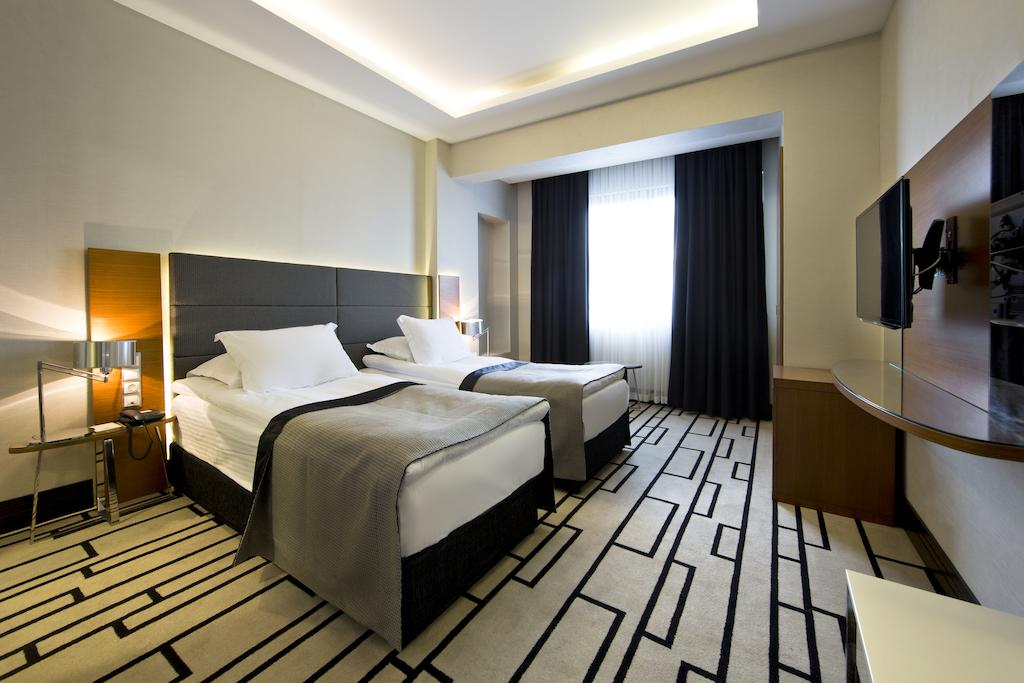 Горящие туры в отель Cihangir Hotel