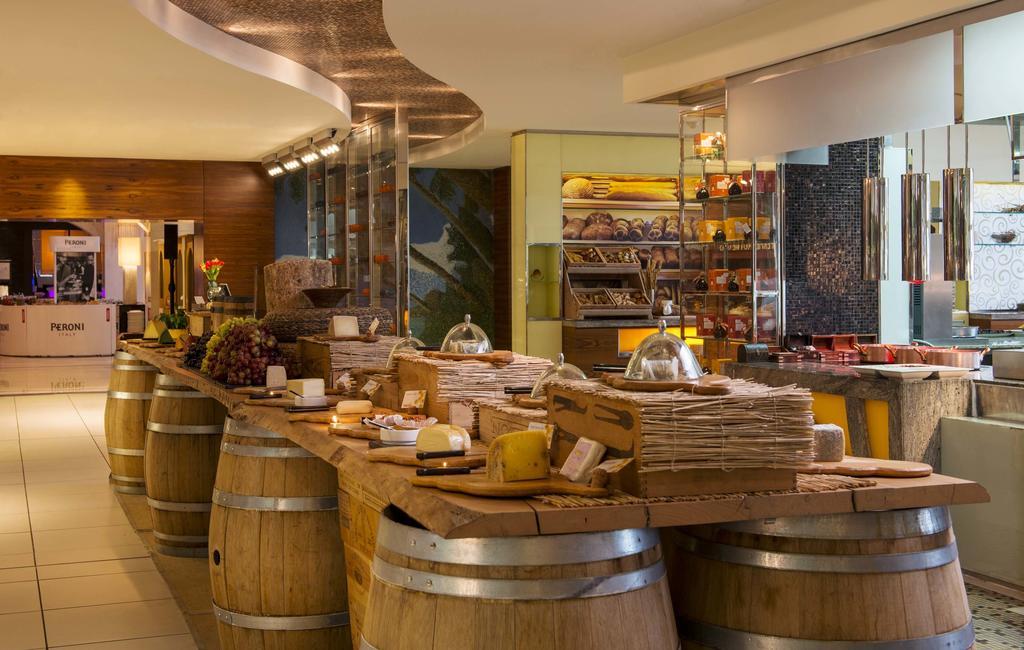 Відпочинок в готелі The Westin Dubai Mina Seyahi Beach Resort&Marina Дубай (пляжні готелі)