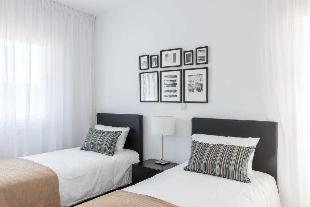 Горящие туры в отель Elysia Park Holiday Residences Пафос Кипр