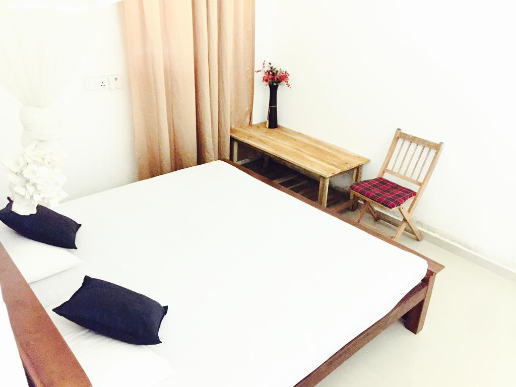 Горящие туры в отель Holiday Inn Unawatuna Унаватуна