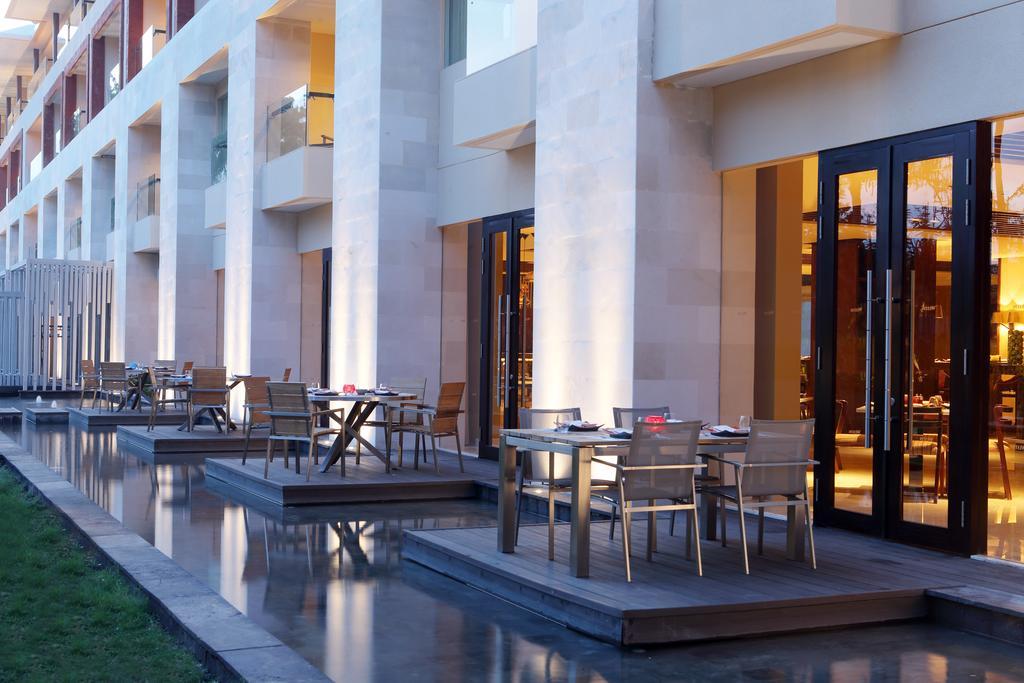 Цены в отеле The Westin Resort Nusa Dua