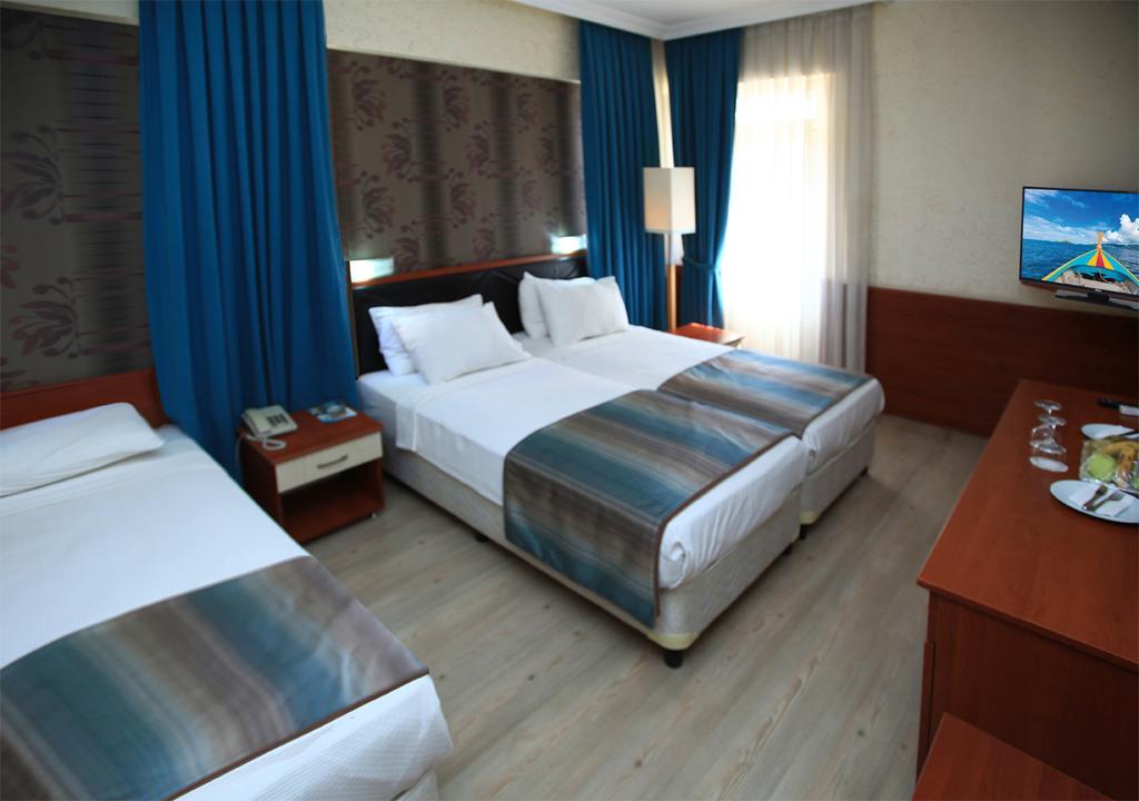 Lara Hadrianus Hotel, Анталія, фотографії турів
