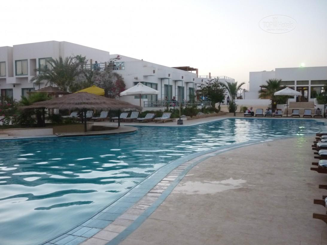 Гарячі тури в готель Badawia Resort