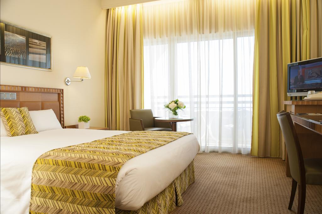 Горящие туры в отель Ajax Hotel Лимассол