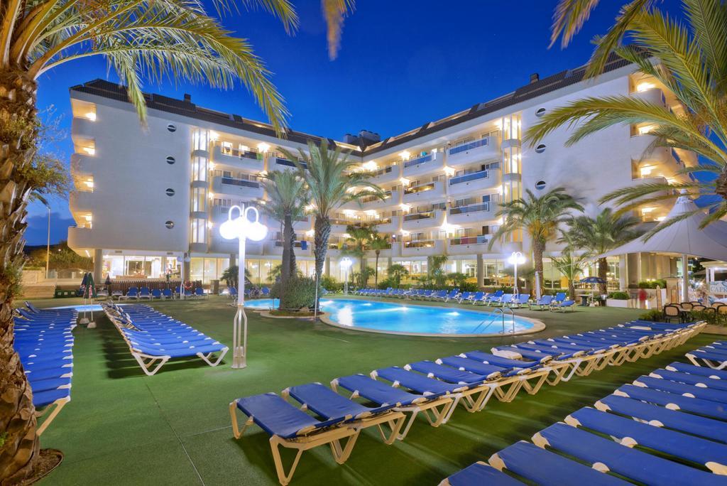 Гарячі тури в готель Caprici