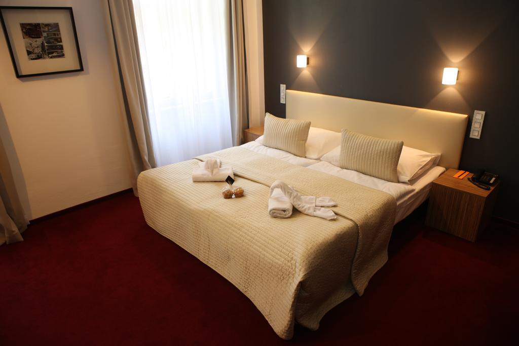 Відпочинок в готелі Noir