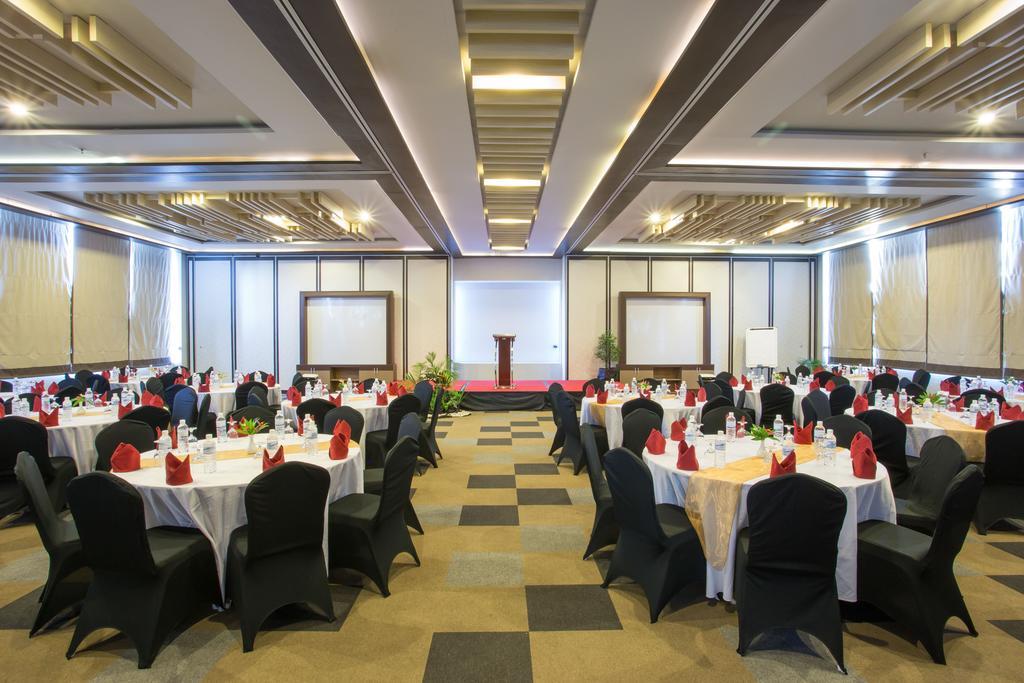 Туры в отель The Lerina Hotel Nusa Dua Нуса-Дуа