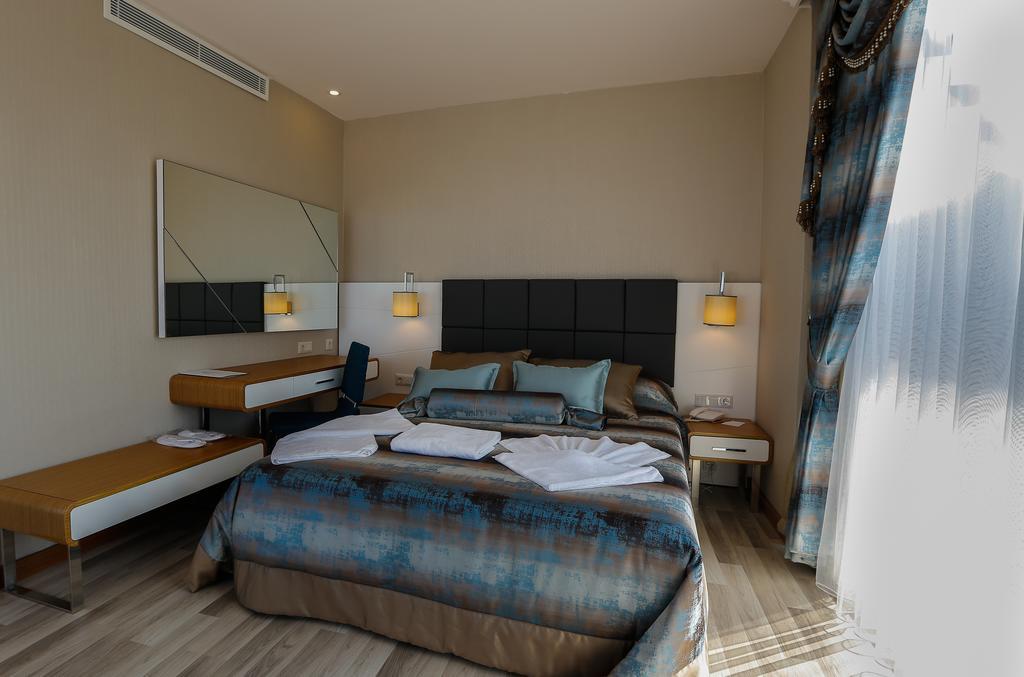 Відпочинок в готелі Xoria Deluxe Hotel Аланія Туреччина