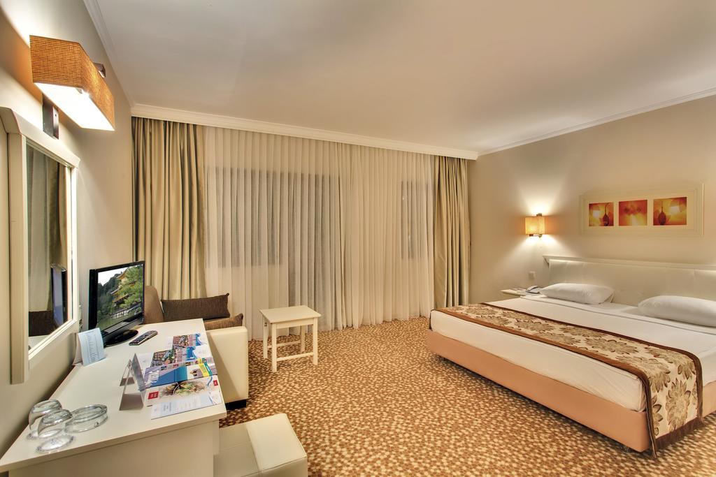 Відпочинок в готелі Pgs Hotels Kiris Resort Кемер Туреччина