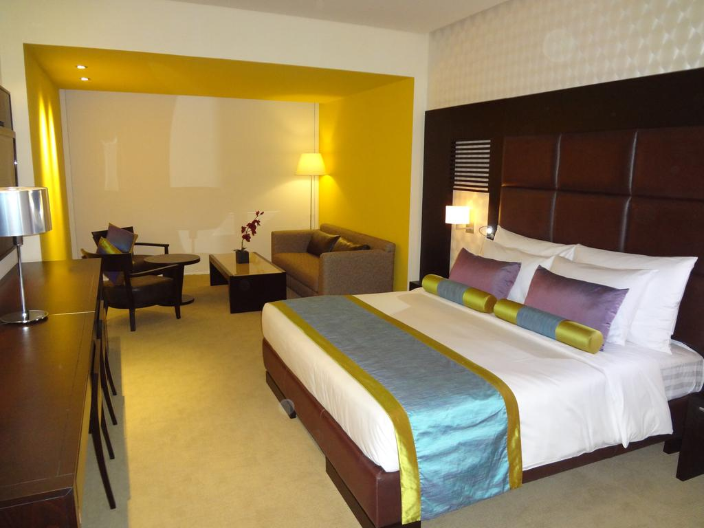 Hues Boutique Hotel, ОАЭ, Дубай (город), туры, фото и отзывы