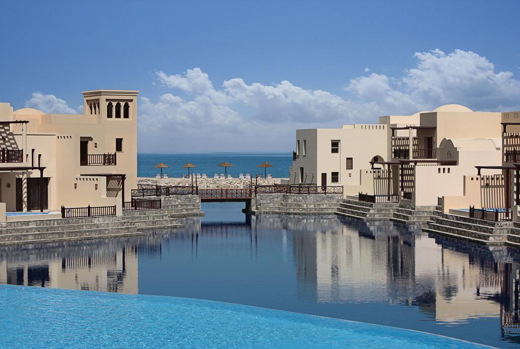 The Cove Rotana Resort Ras Al Khaimah, Рас-ель-Хайма ціни
