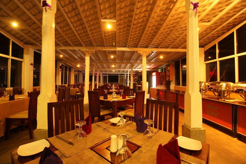 Туры в отель Rock Fort Hotel & Spa Унаватуна