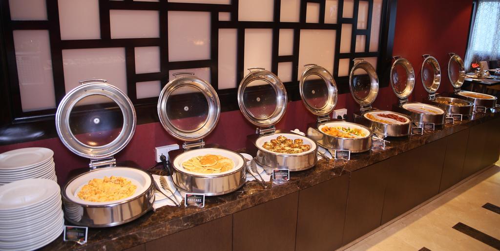 Al Hamra Hotel фото туристов