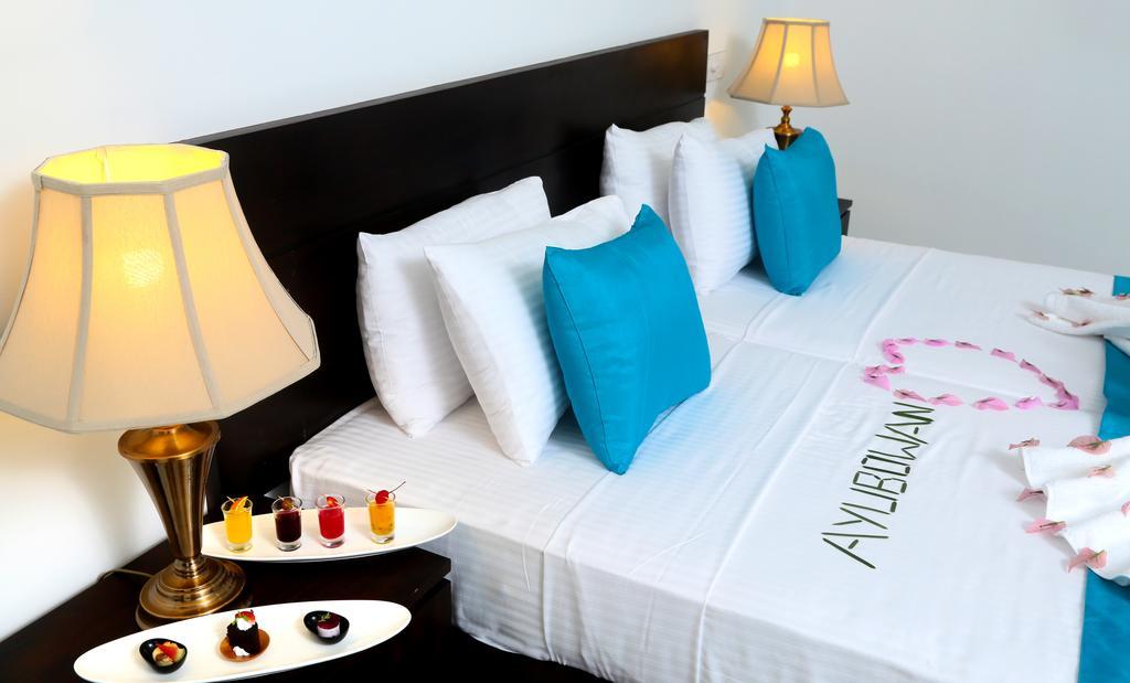 Отдых в отеле Coco Royal Beach Resort