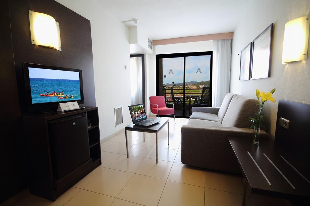 Туры в отель Aqua Hotel Montagut Коста-де-Барселона-Маресме