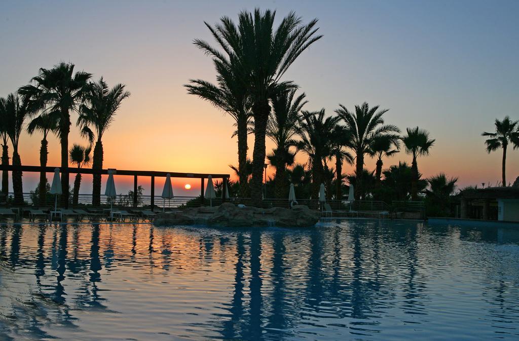 Горящие туры в отель St.George Hotel Spa & Golf Beach Resort Пафос