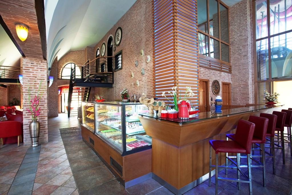 Тури в готель Limak Arcadia Golf & Sport Resort Hotel