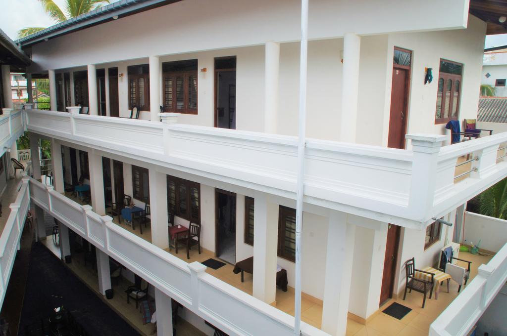 Rita'S Hotel, Хиккадува, фотографии туров