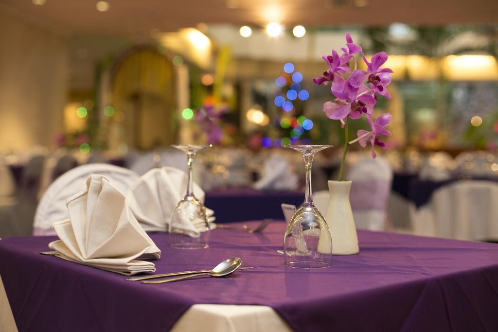 Parigata Resort And Spa, Санур цены