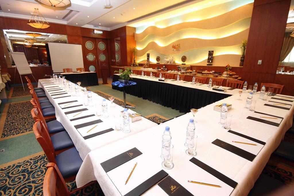 Отдых в отеле Lavender Hotel Sharjah